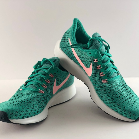 pretty nice 4317f 86d78 Nike Women's Air Zoom Pegasus 35 Kinetic Green NWT